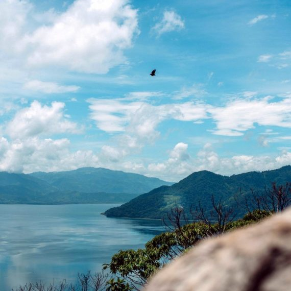 Lake Yojoa Overlook Hike